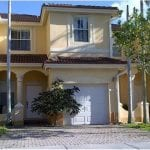 Kendall Breeze Townhomes - Miami FL